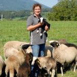 Anne avec les moutons